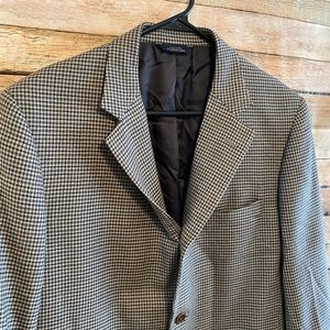 Brooks Brothers Suits & Blazers - Brooks Brothers Saxon Wool Houndstooth Blazer 42R